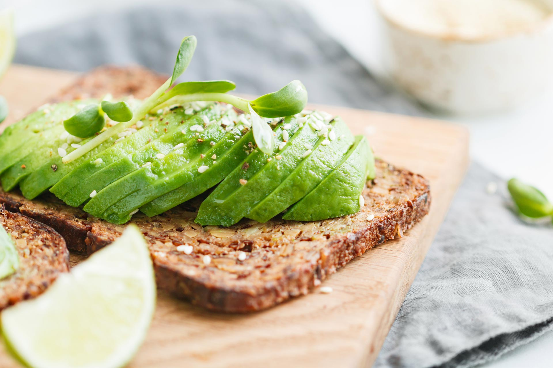 toast-with-avocado-SU9PHMQ.jpg